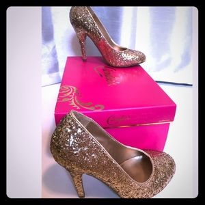 Fabulous Candies Gold High Heels In Box Size 6.5